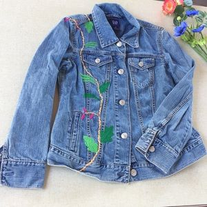 Gap Maternity Jean Jacket XS Embroidered Peacock